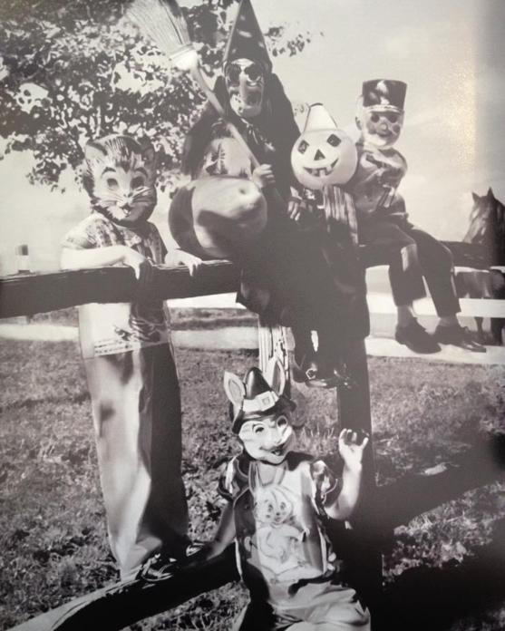 Robin Vickie LuAnn Halloween